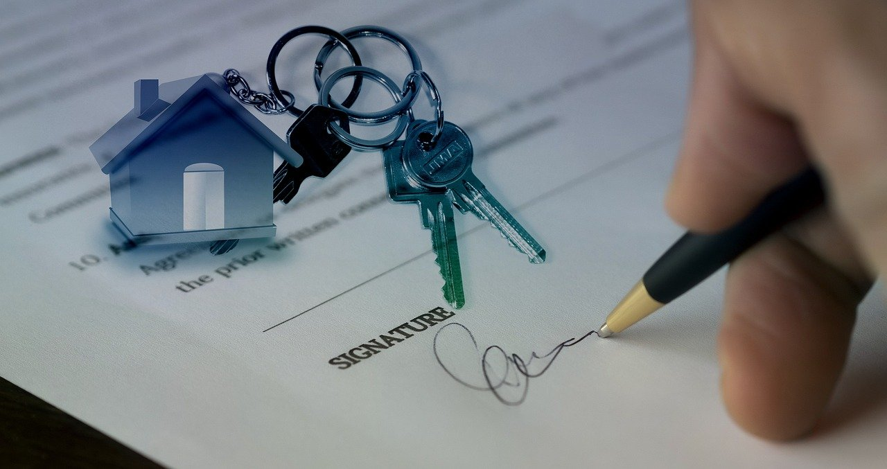 Commercial property sales solicitors and commercial property purchases solicitors, commercial conveyancing